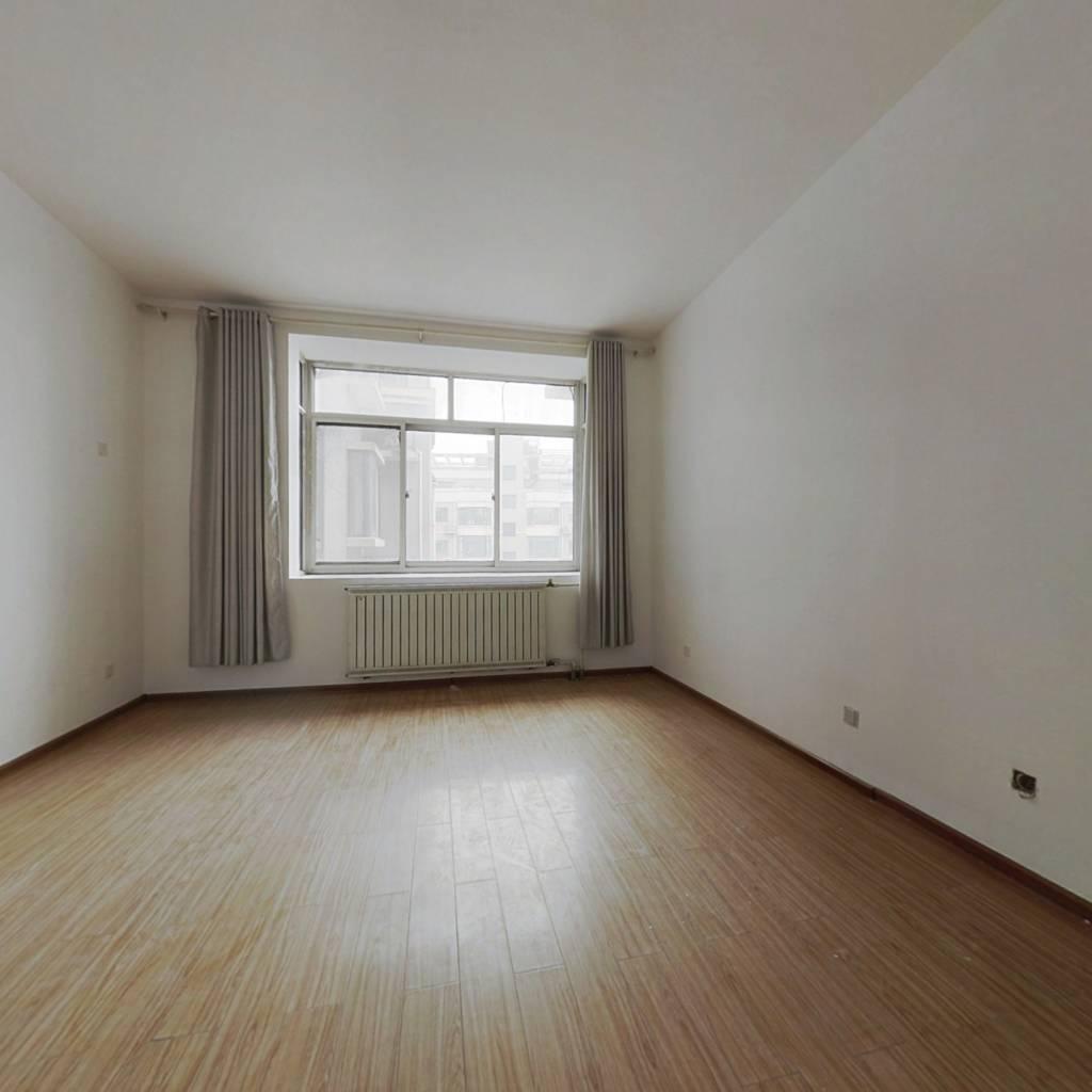 伟东新都,三室两厅,高楼层,采光棒,成熟商圈