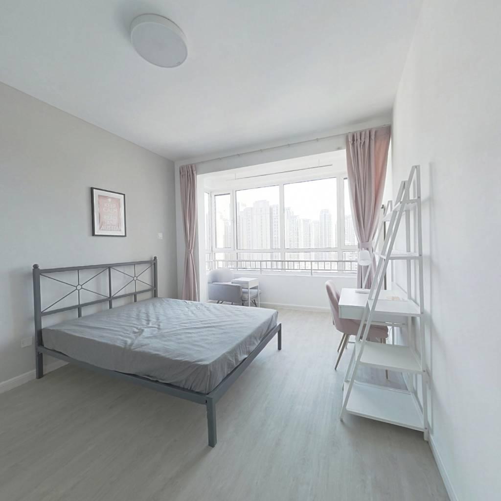 合租·阳光晶典 4室1厅 北卧室图