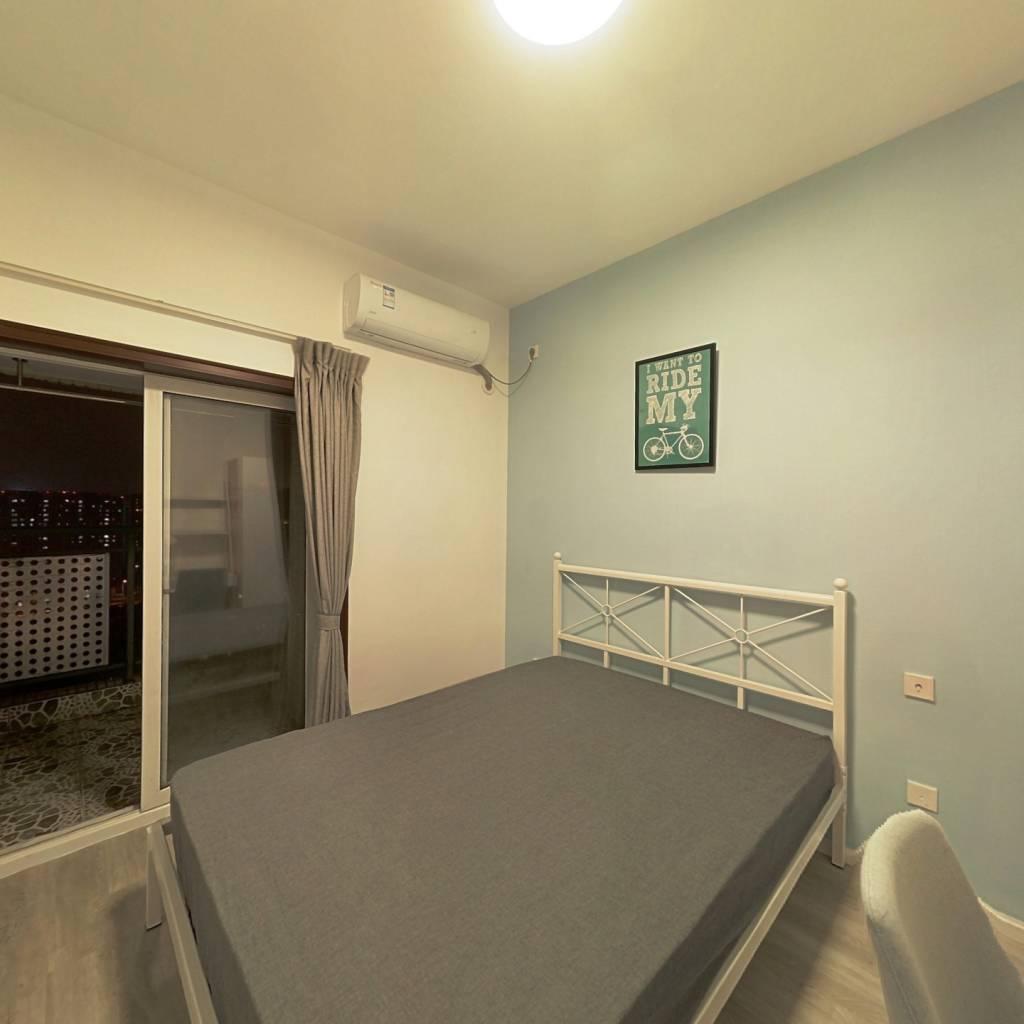 合租·华宇阳光水岸 3室1厅 东卧室图
