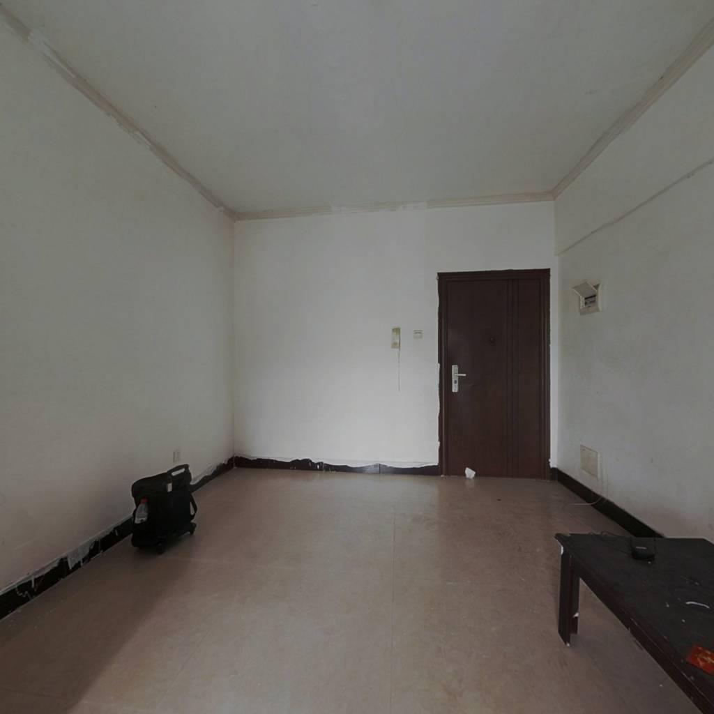 横琴后花园   电梯房  三灶中心位置