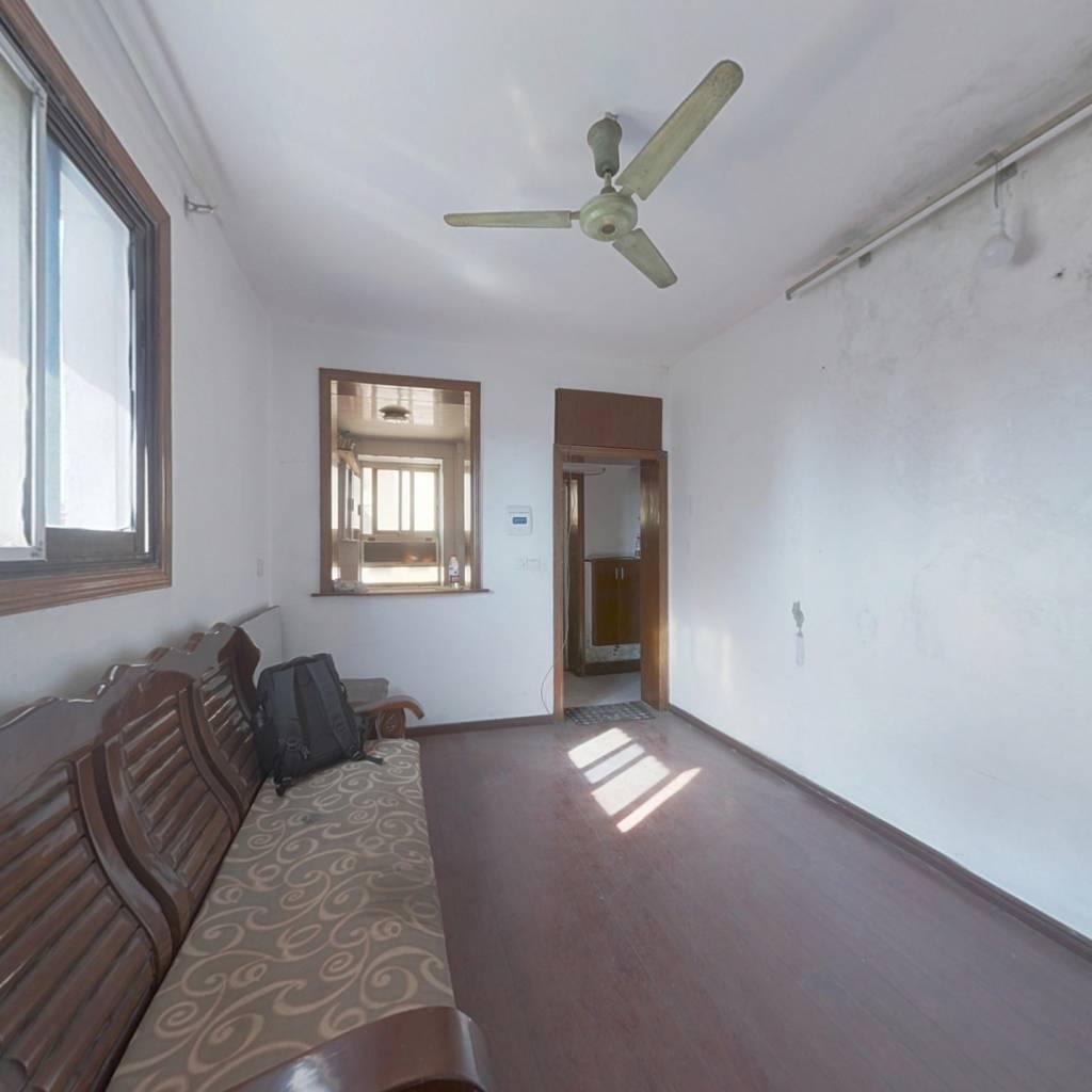 中凌云巷 一室一厅 阳光好 地段繁华