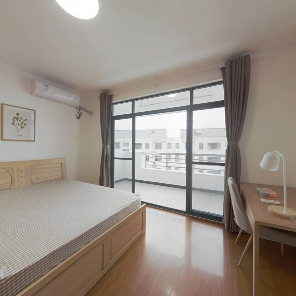 合租·紫翠苑 4室1厅 南卧室图