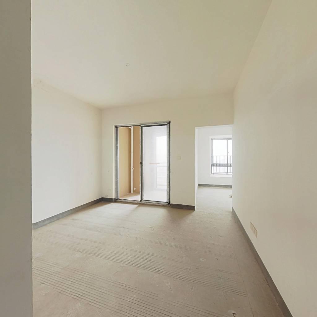 次新楼盘清水两房  采光充足 视野开阔 住家安静