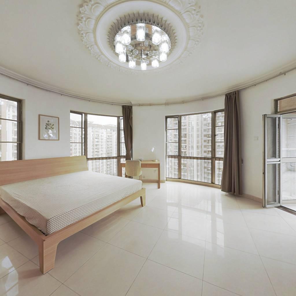 合租·纵横缤城 5室1厅 东卧室图