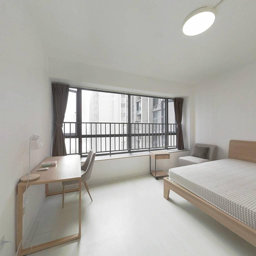 合租·英郡二期 5室1厅 东卧室图