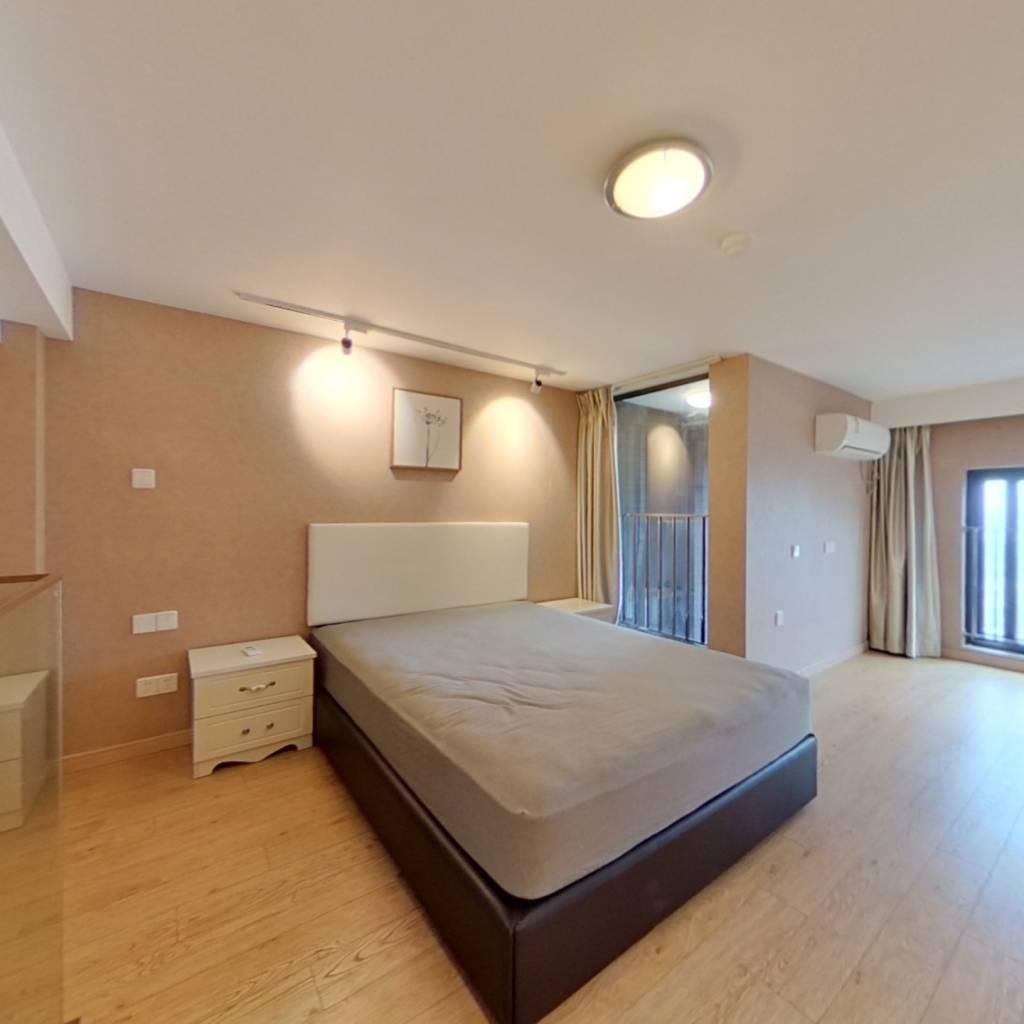 整租·万科翡翠公园(商用) 1室1厅 西卧室图