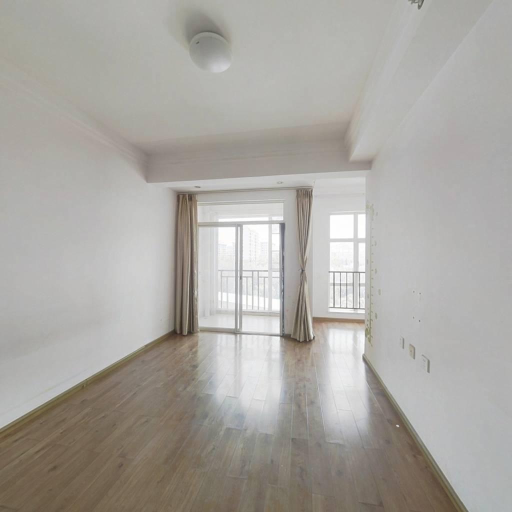 原装修小公寓 朝向好 楼层好  钥匙在店里