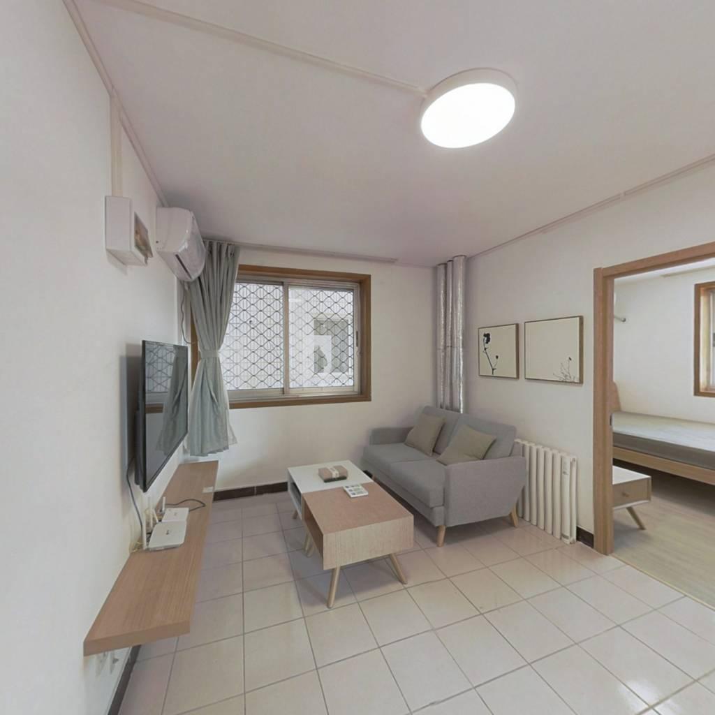 整租·力源里 2室1厅 东南卧室图