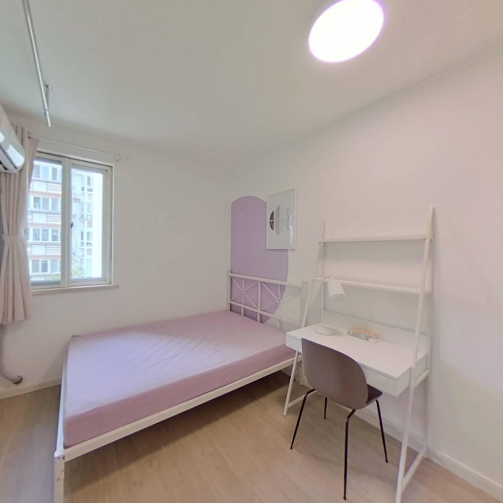 合租·成山公寓 4室1厅 北卧室图