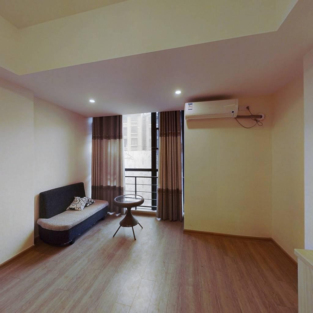 温泉城单身公寓,精装,温泉入户,售41万
