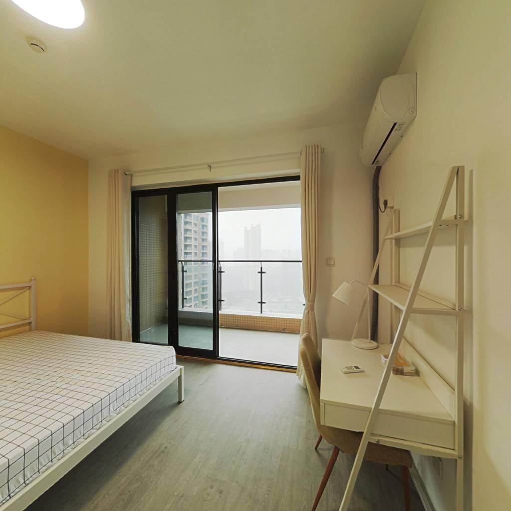 合租·中房优山PLUS 4室1厅 北卧室图