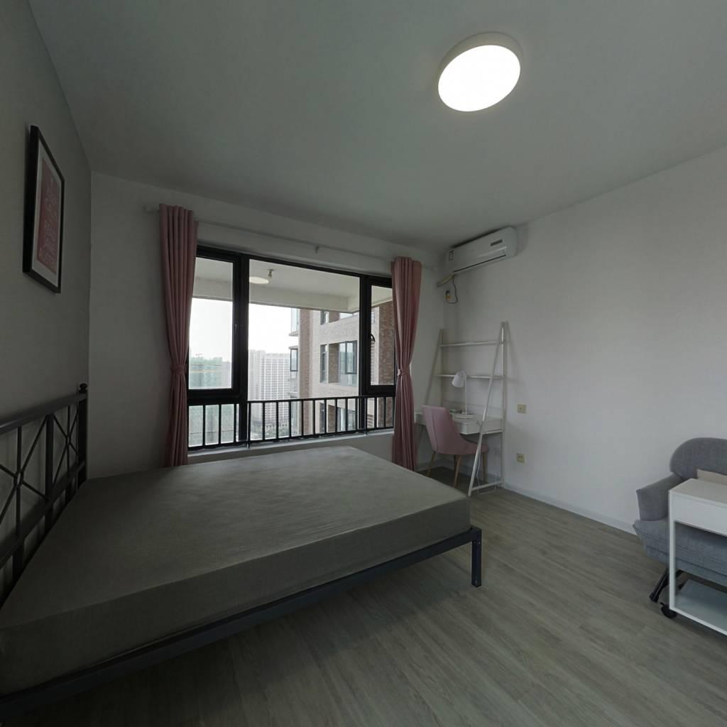 合租·华府西苑 5室1厅 北卧室图