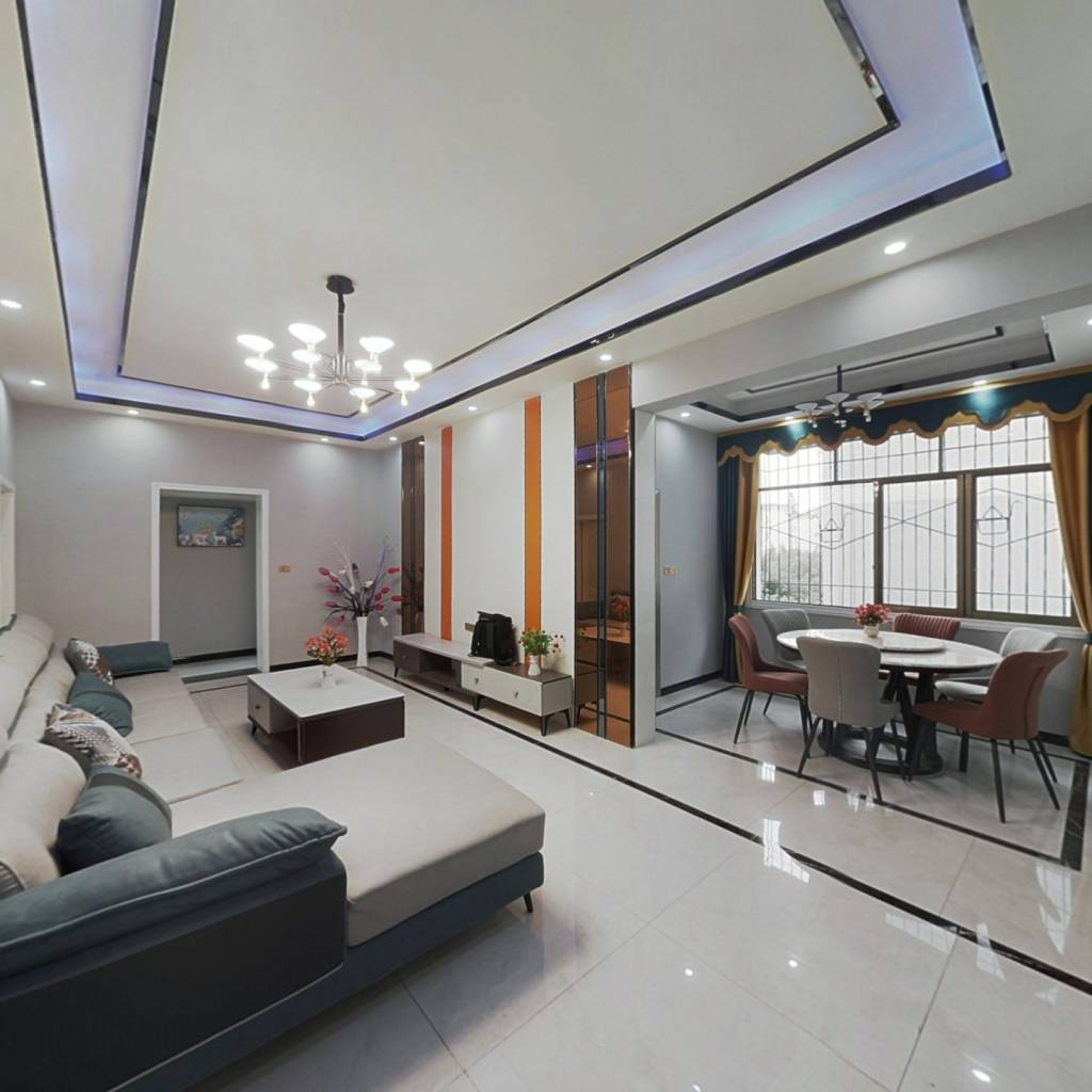兴旺3路宏键网吧楼上 端户 5室2厅2卫2阳台 精装修