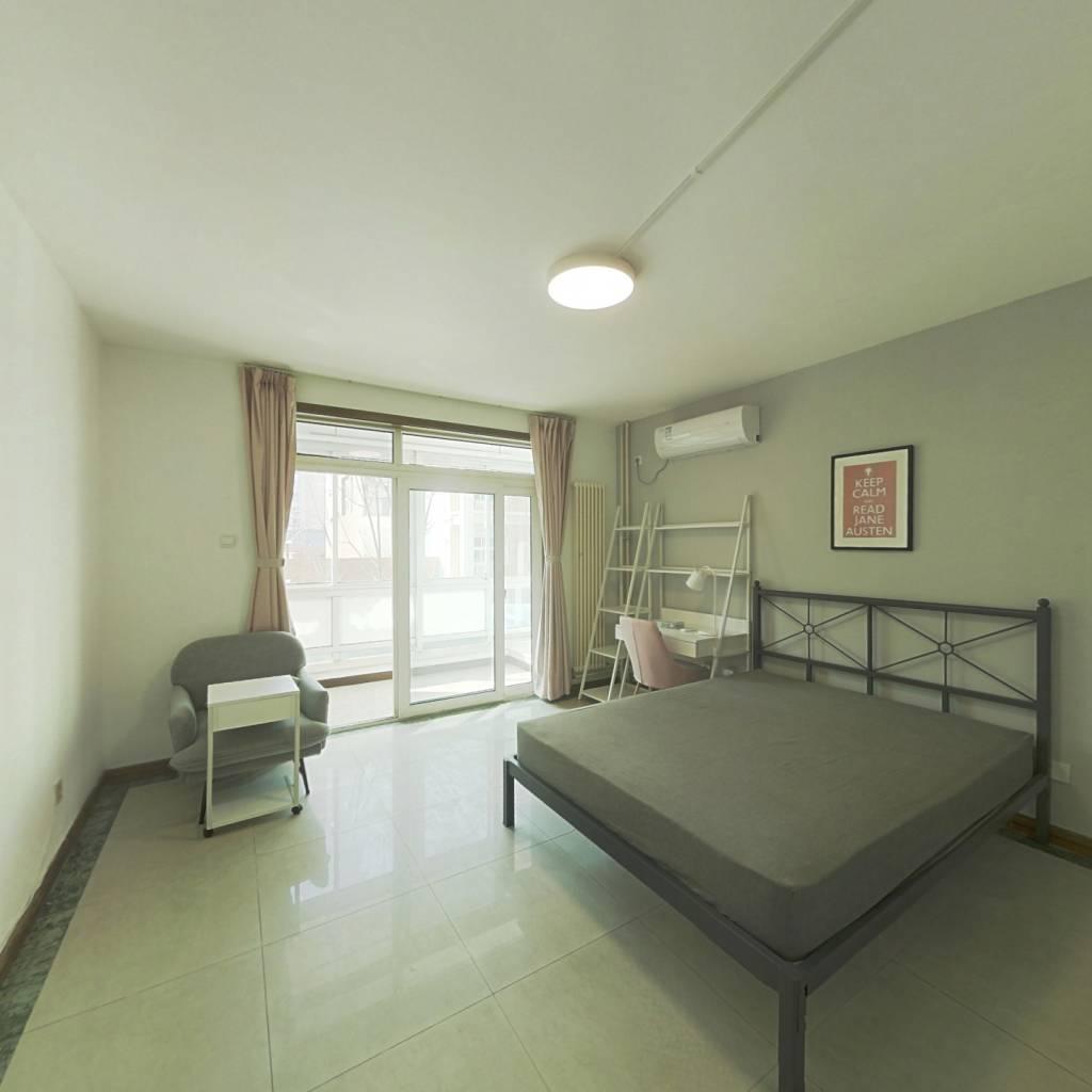 合租·朝阳无限 4室1厅 南卧室图