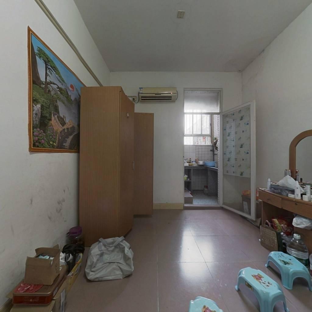 山水花城 1室0厅 东