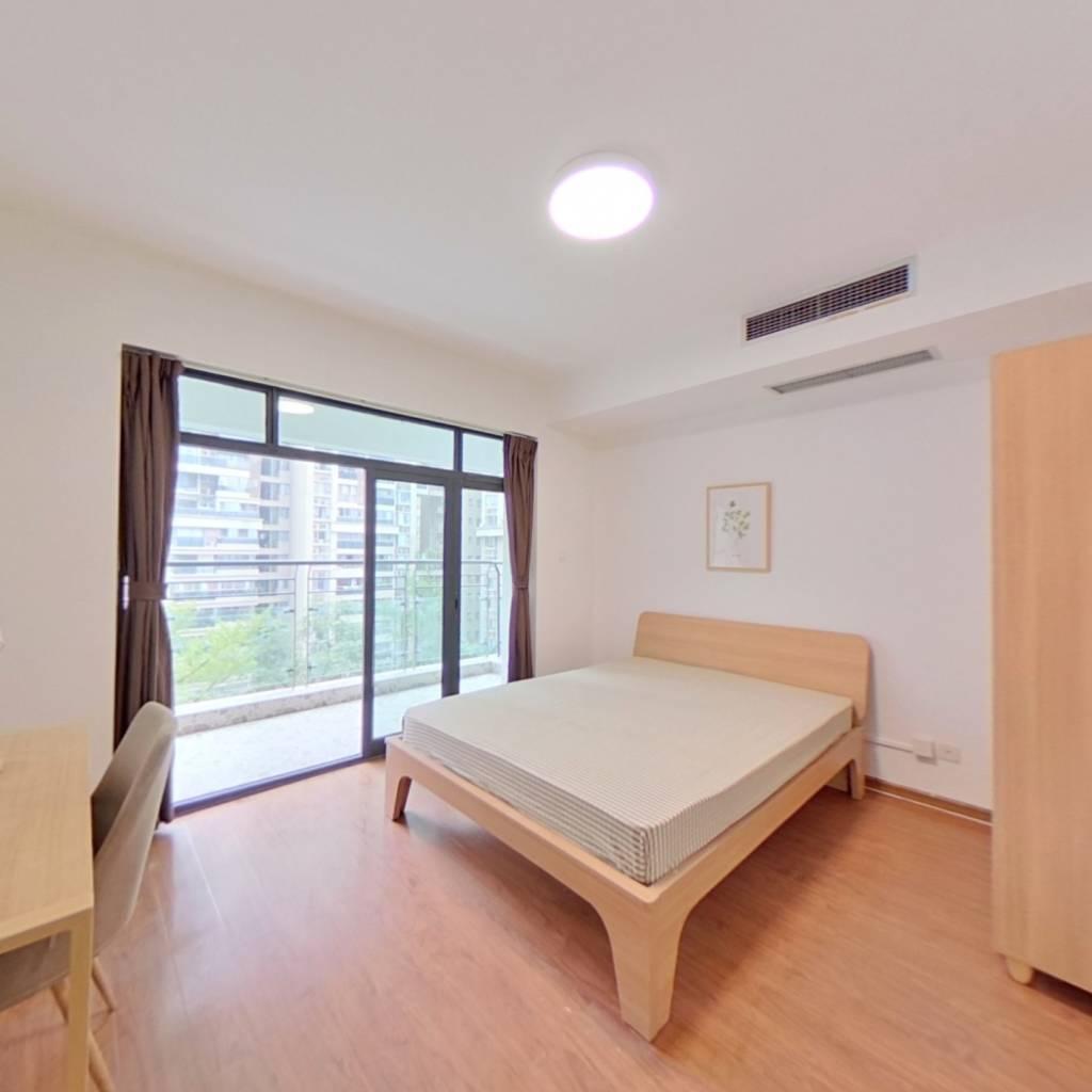 合租·摩玛城 5室1厅 北卧室图
