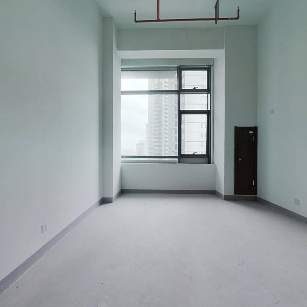 龙湖舜海府公寓,户型方正,采光好,可以做成复式楼