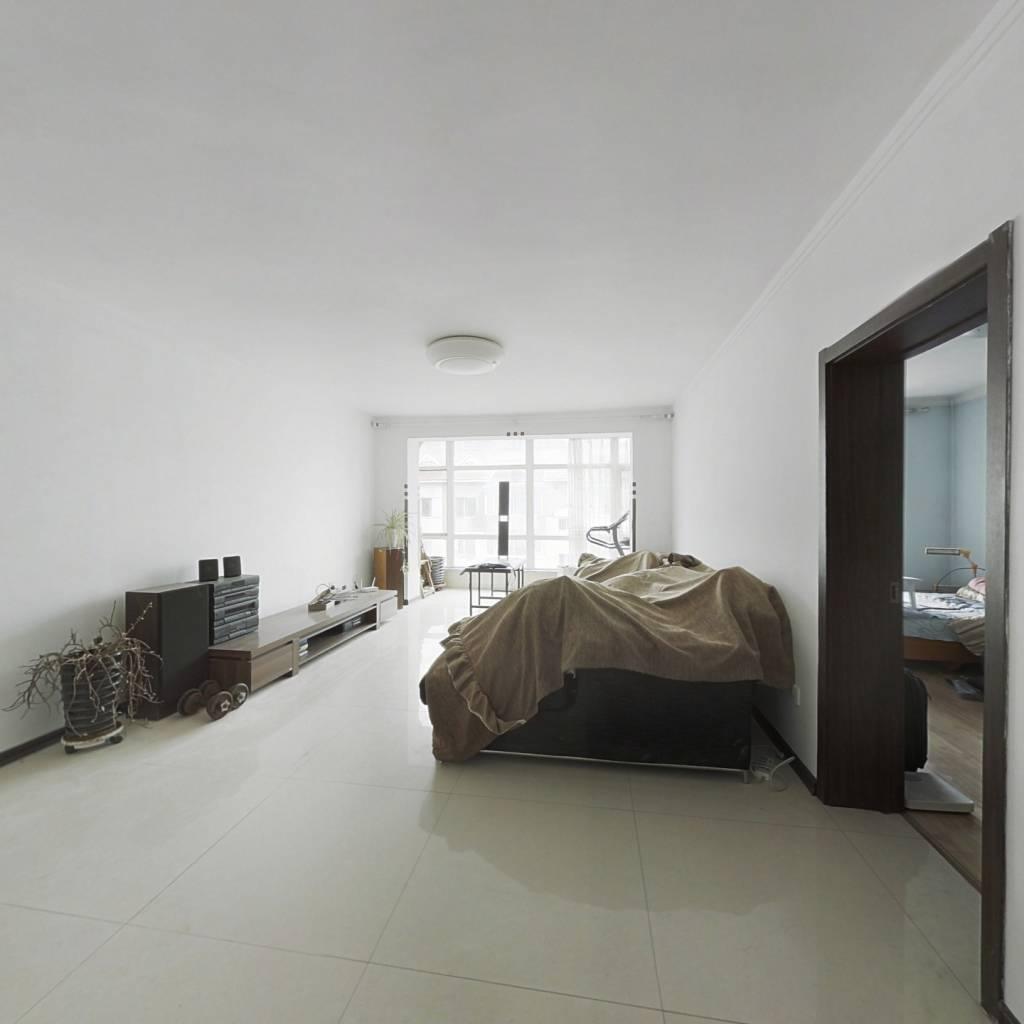地祥瑞家园五室 实用空间大带同面积阁楼高举