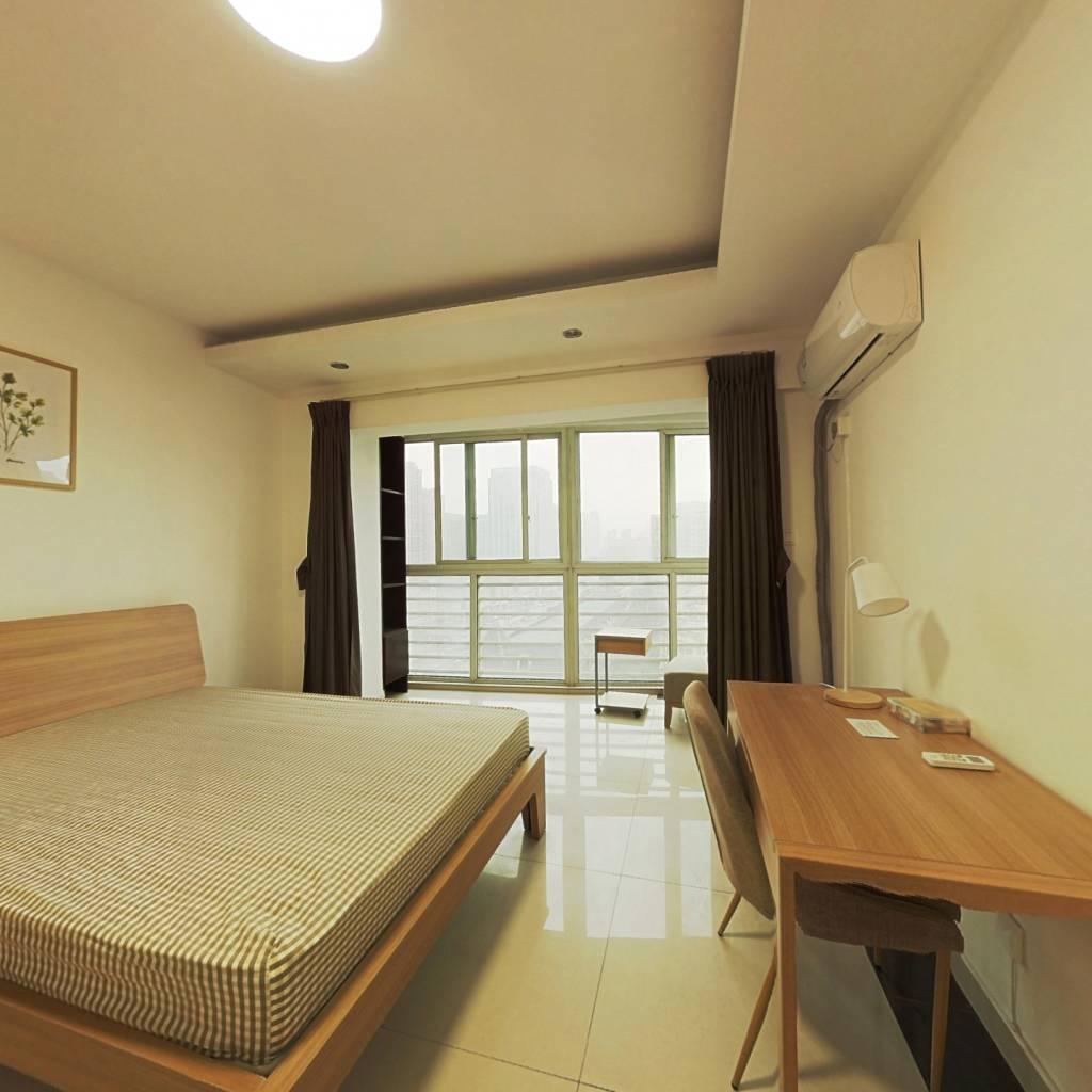 合租·中房蓝水湾 3室1厅 西卧室图