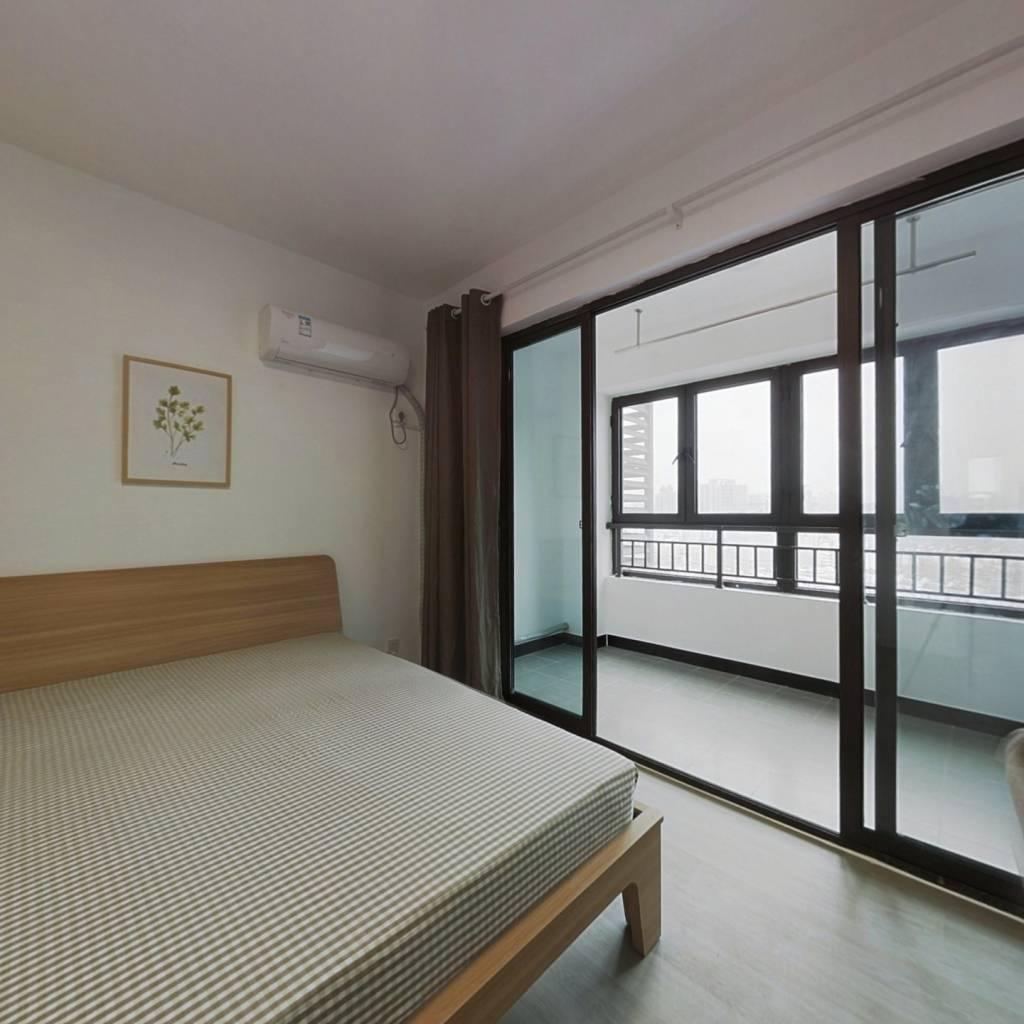 合租·恒盛金陵湾 4室1厅 南卧室图