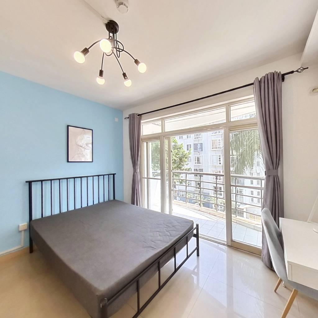 合租·丰泽湖山庄 4室1厅 西卧室图