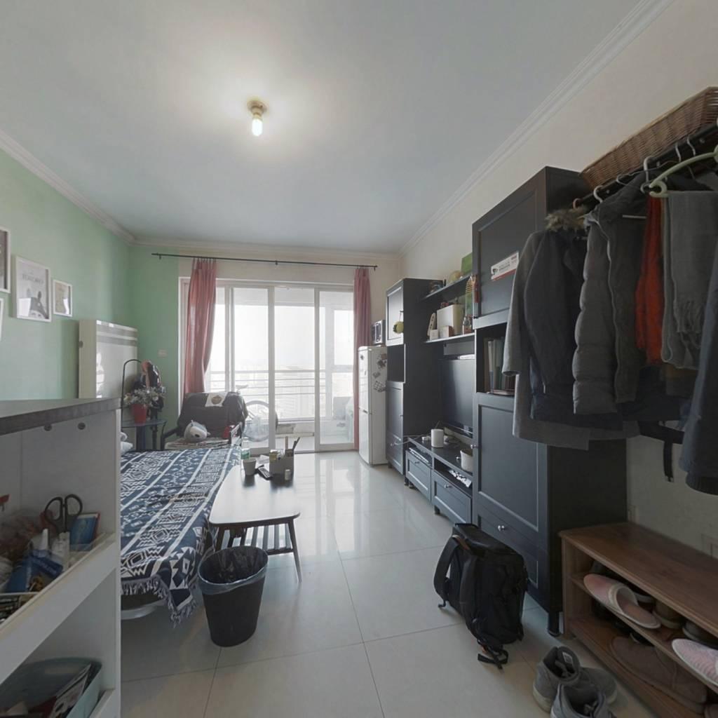 跃式住宅,满五年家庭无其他房产,自住装修保持好。