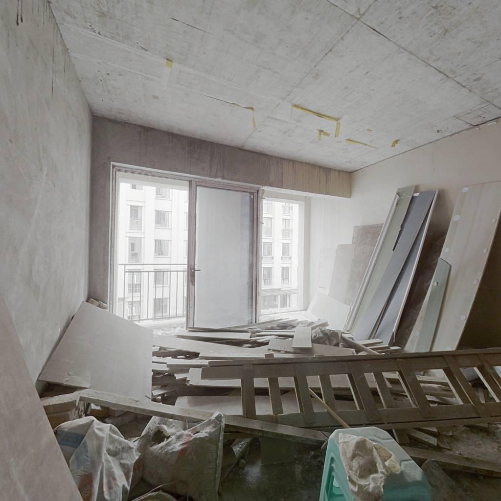 美天公园 电梯花园洋房 跃层 清水3室2卫 住家安静