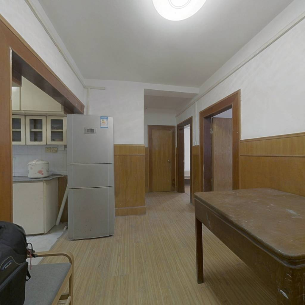 桃园新村东区 4室1厅 南 北