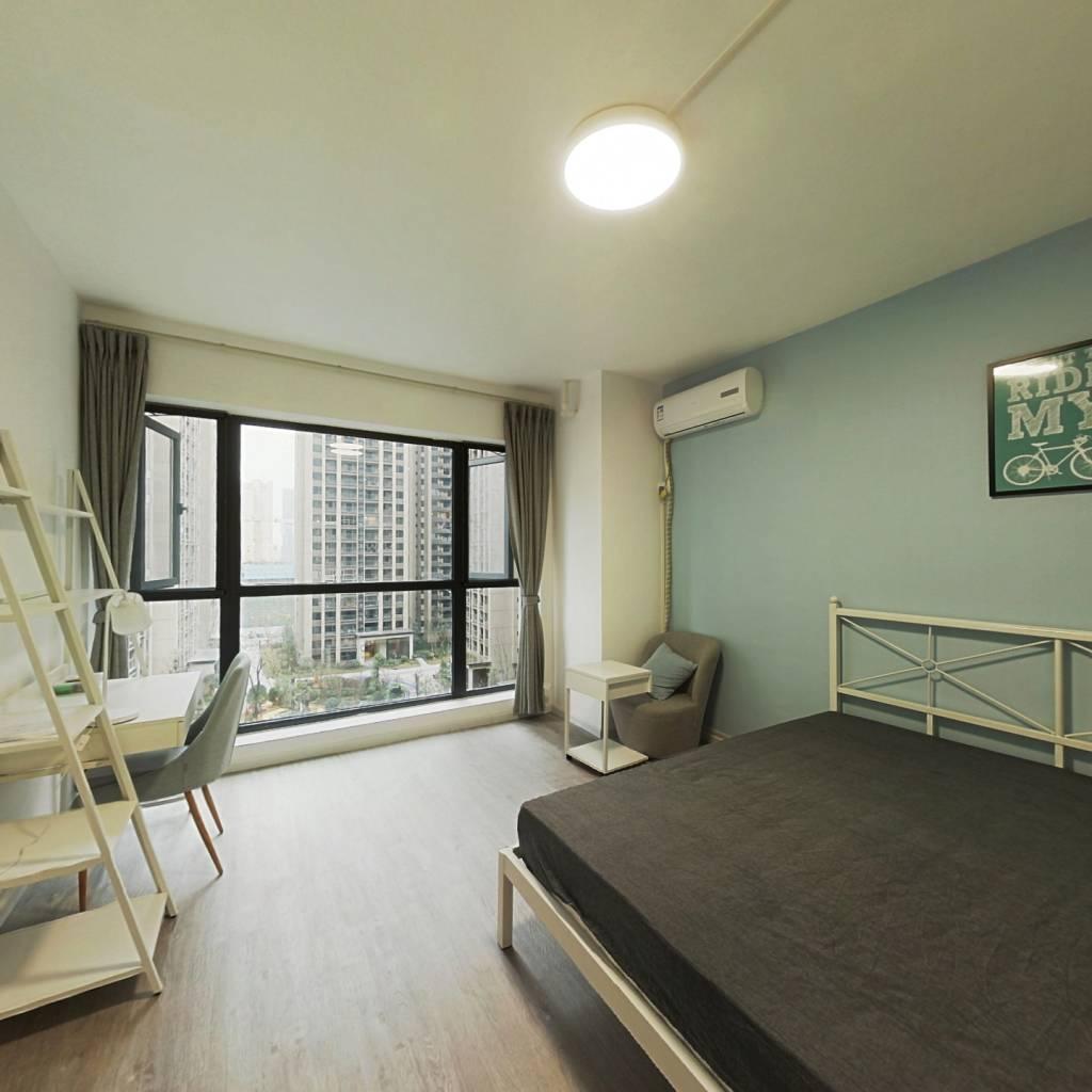 合租·滨江和城 4室1厅 北卧室图