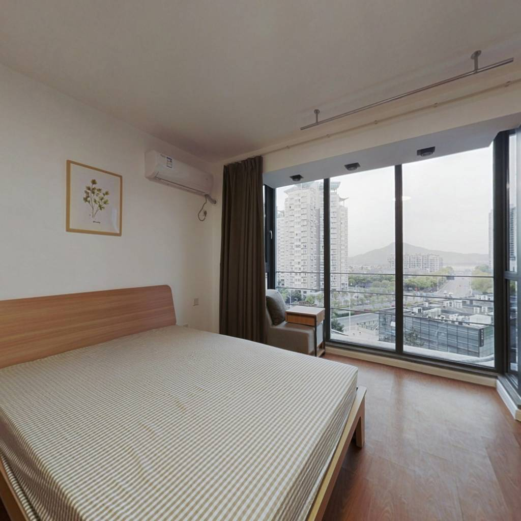 合租·天寓 4室1厅 北卧室图