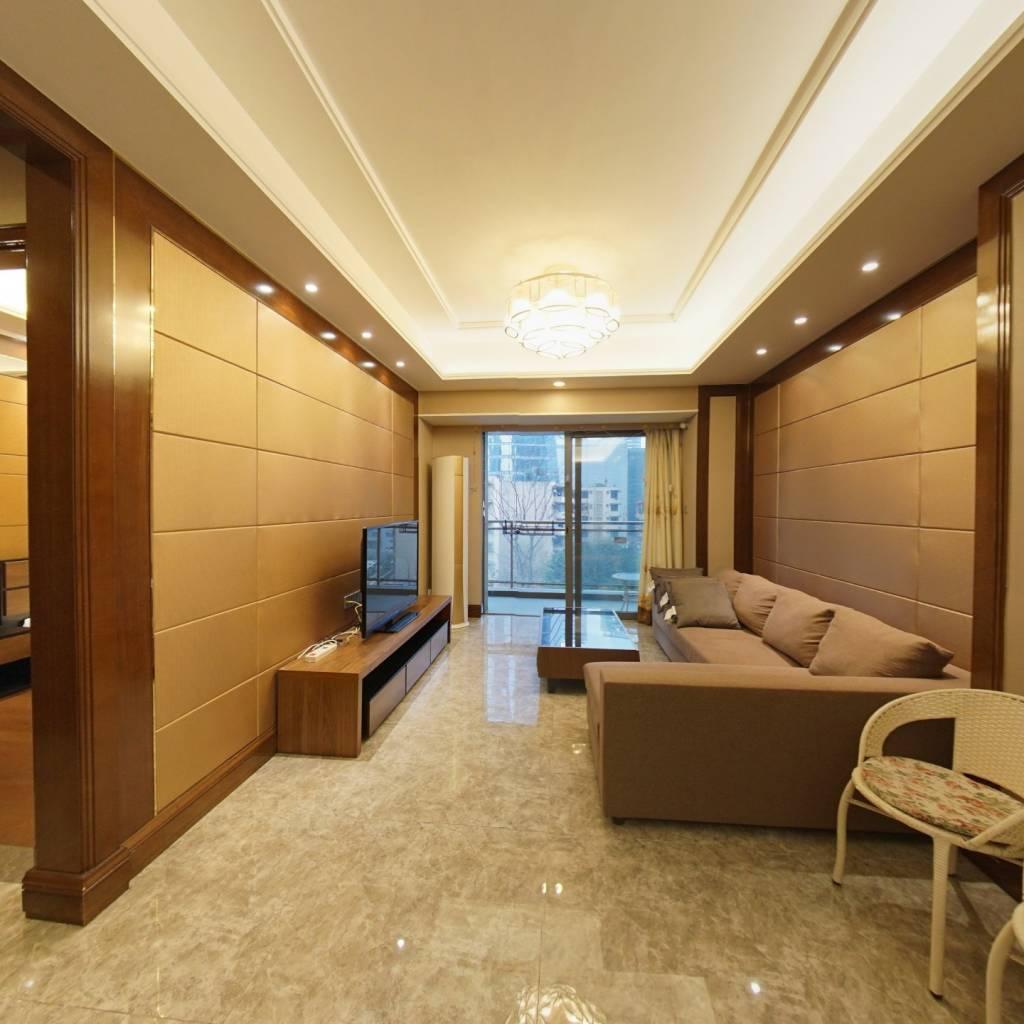 恒大都汇华庭低楼层精装修客厅带阳台大套一