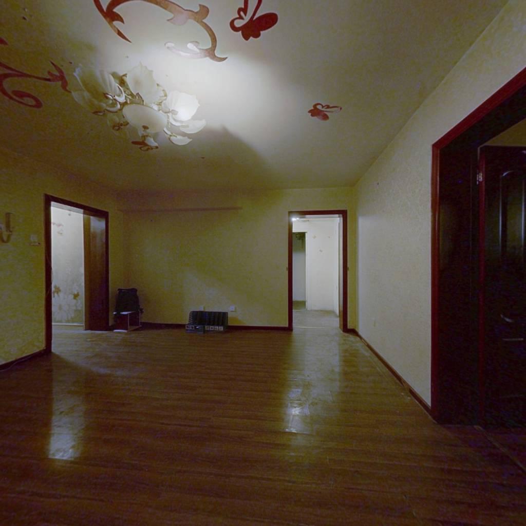 万博苑 满五唯一 东南向两居室