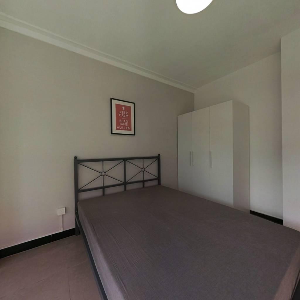 合租·梅苑小区一期 4室1厅 南卧室图