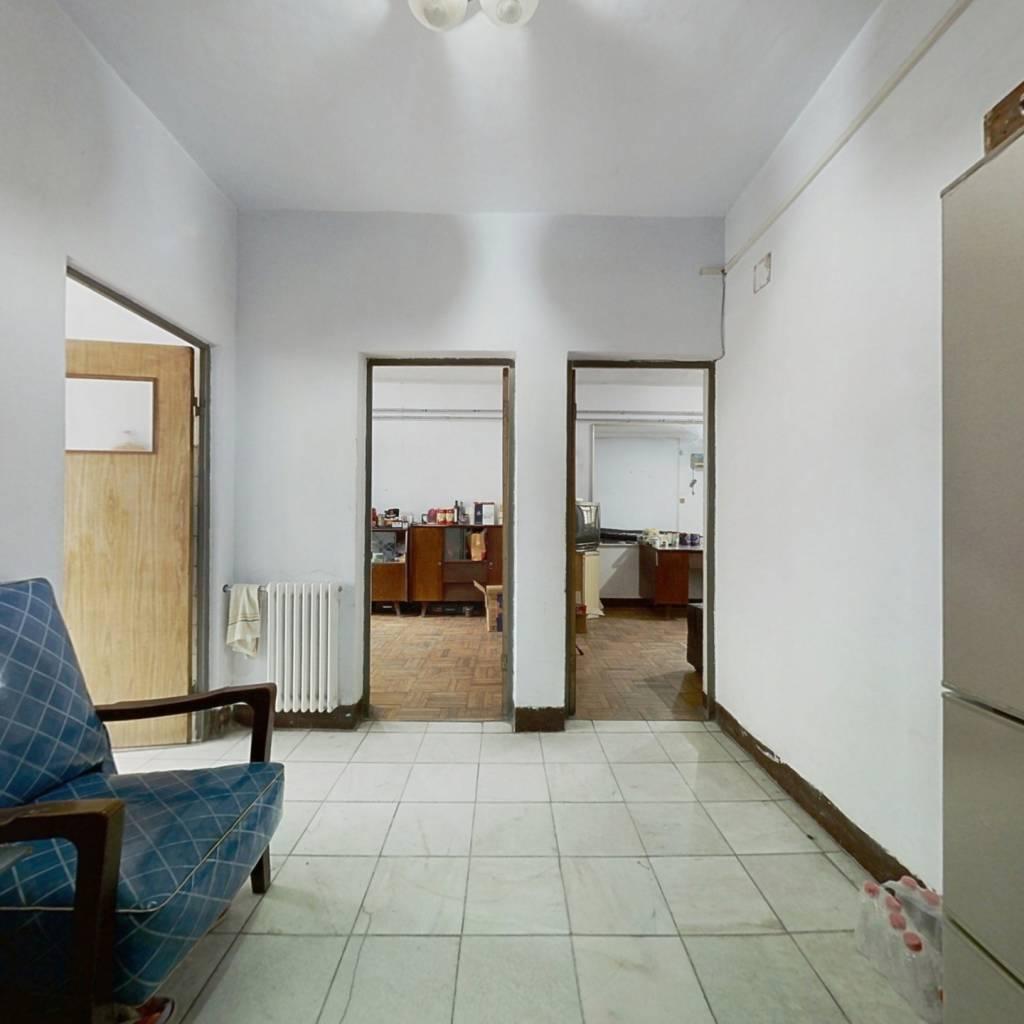 此房满五唯一配套齐全生活便利旁边有铝城公园