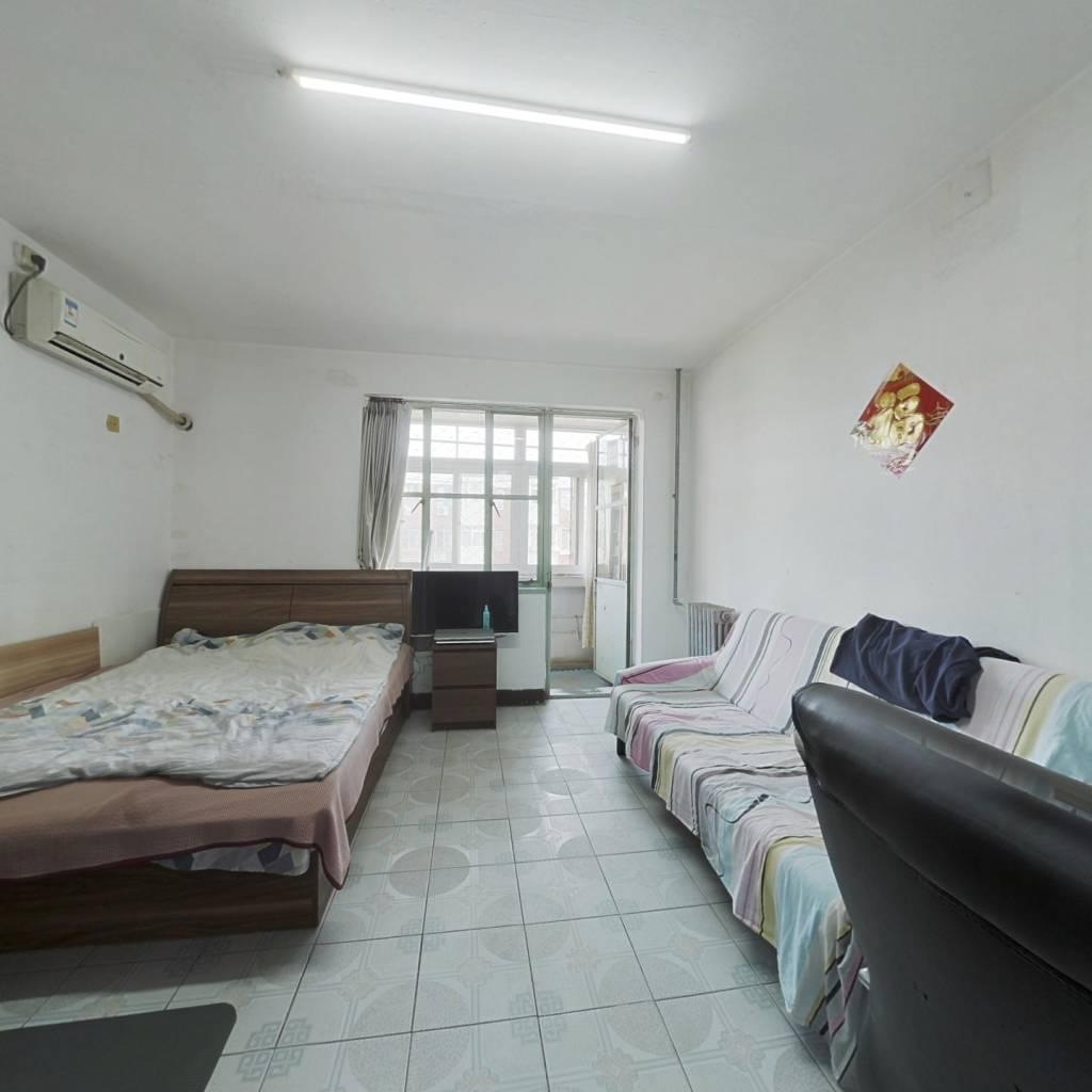 五棵松 玉泉路 低总价一居室 看房随时 价格可谈