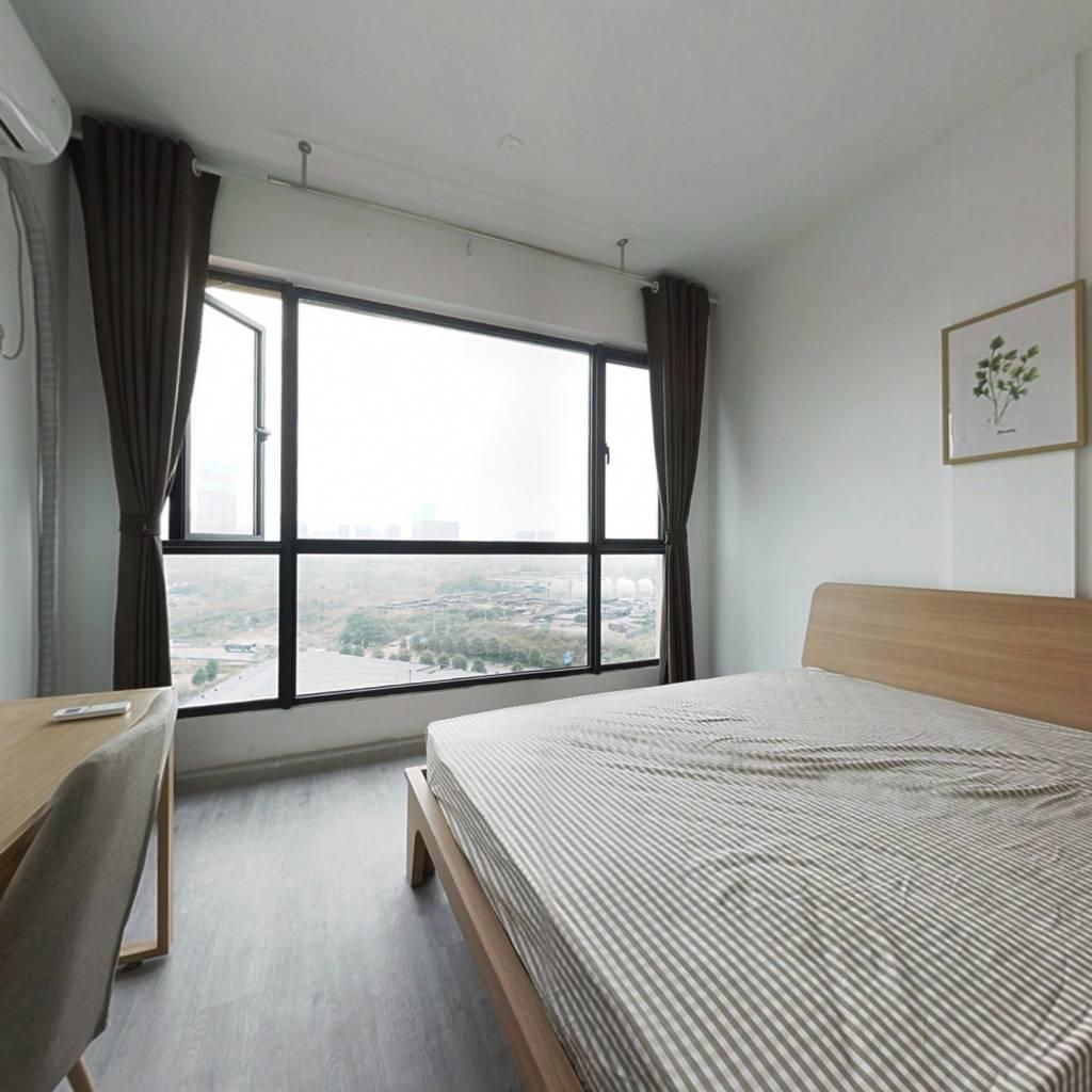 合租·锦府 4室1厅 东南卧室图