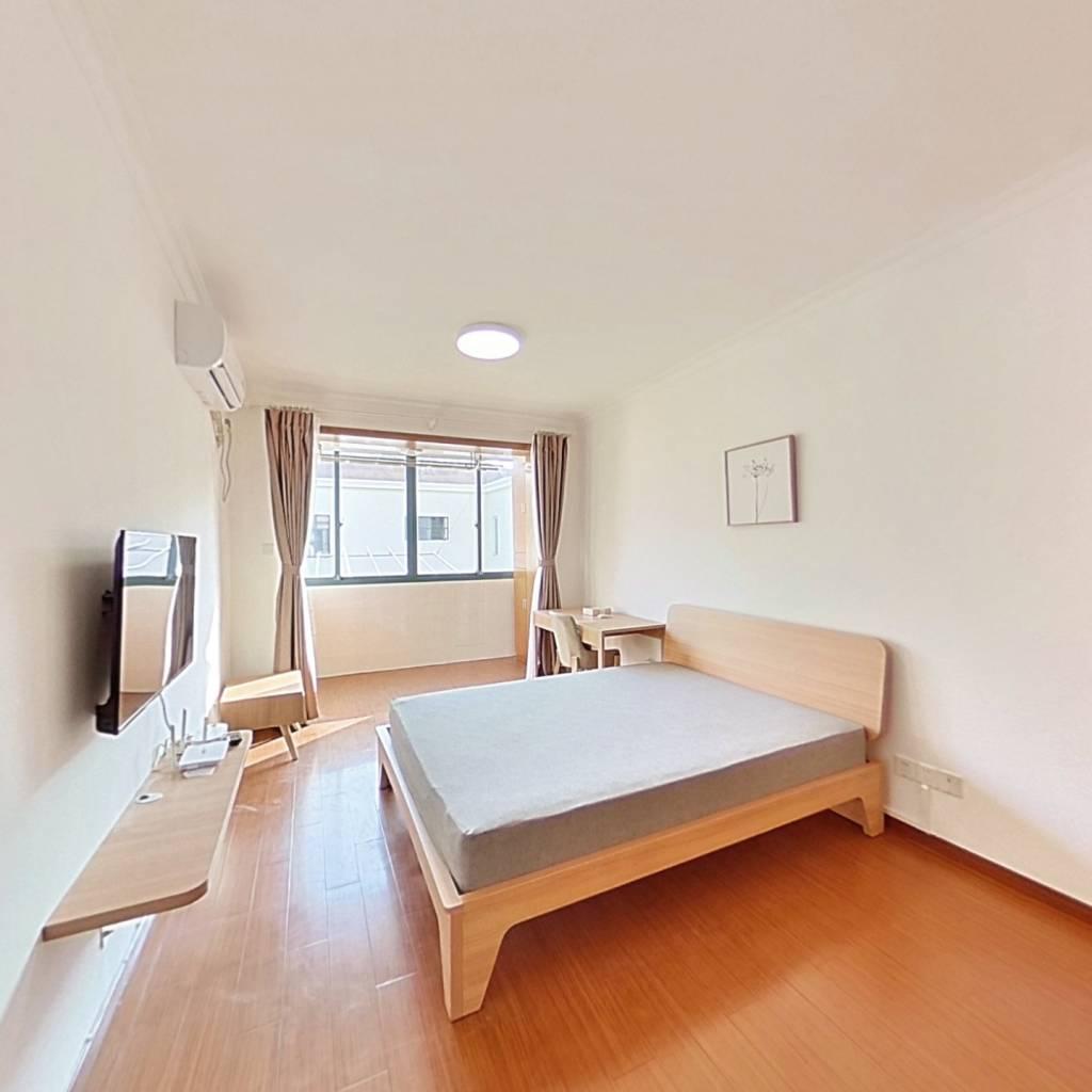 整租·北郊小区 2室1厅 南卧室图