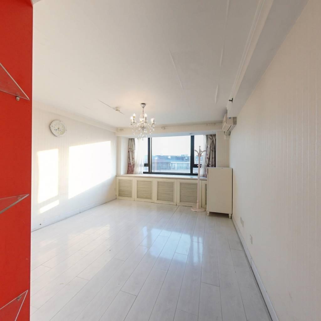 四通八达 住宅公寓 商圈成熟 方正一居室
