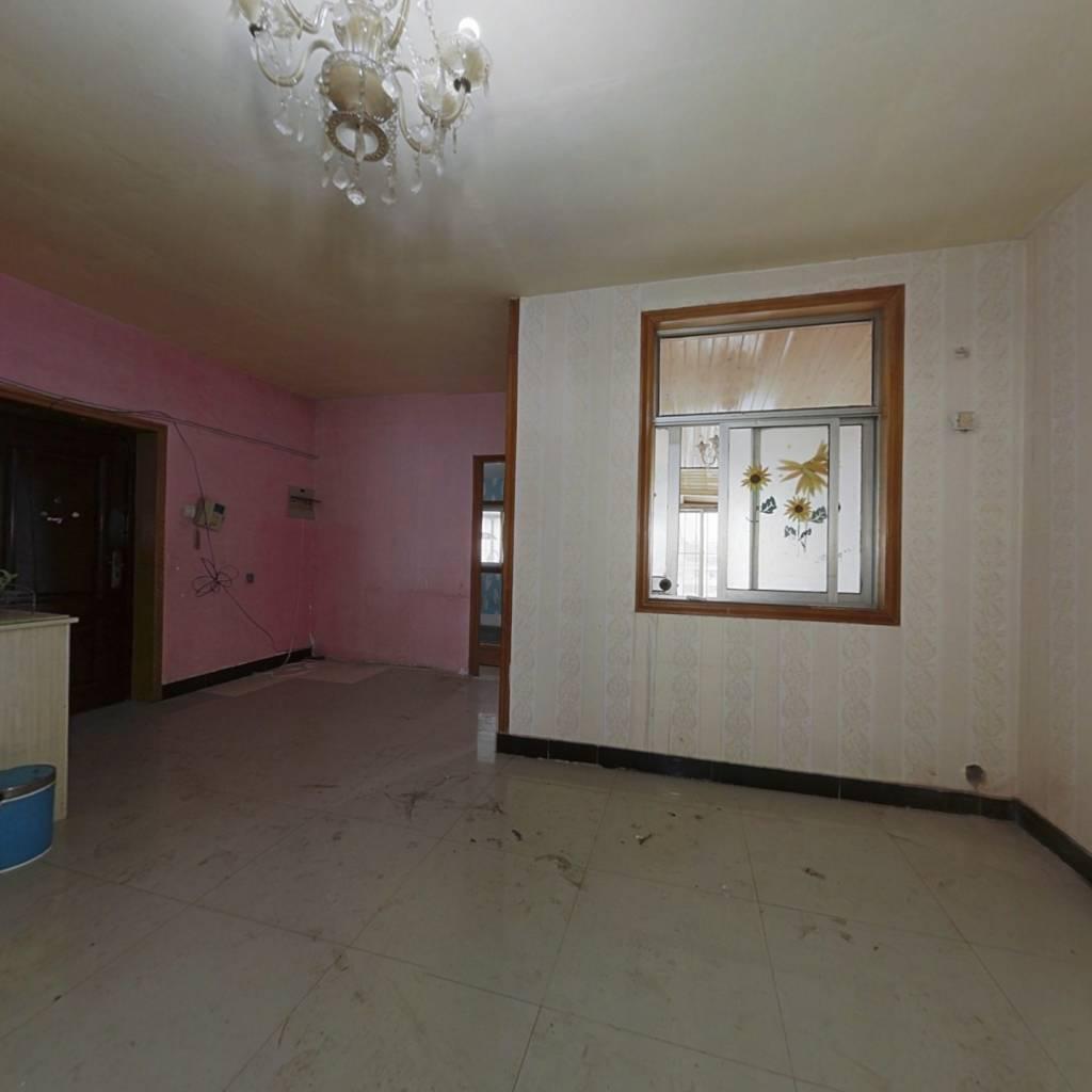 金湖新村 3室2厅 南