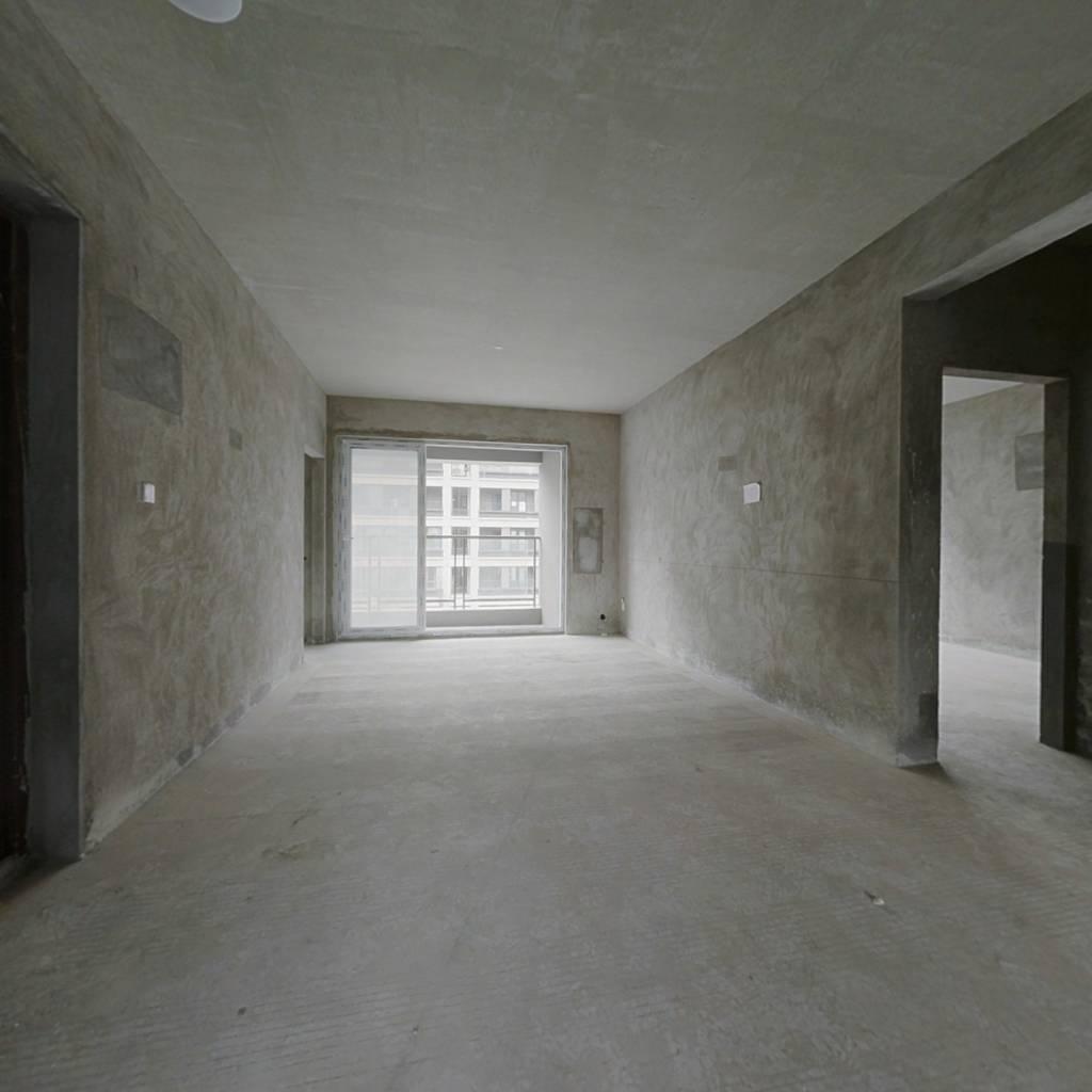 滨江春城悦府+边套洋房+位置好+看房方便