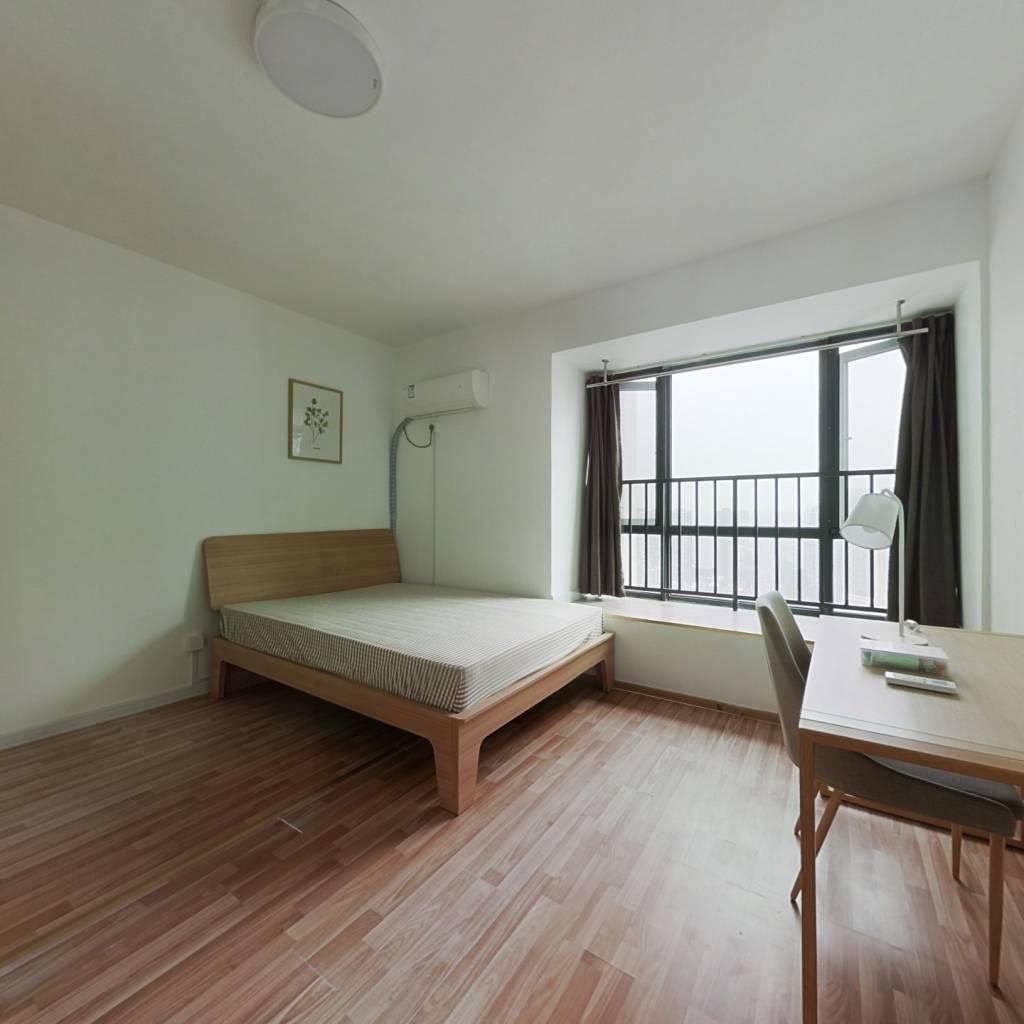 合租·英郡三期 4室1厅 南卧室图