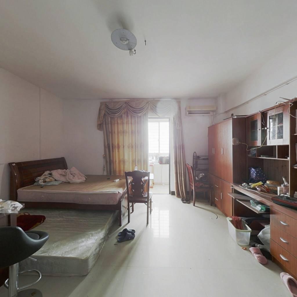 丽景东方单身公寓,环境优美,生活便利