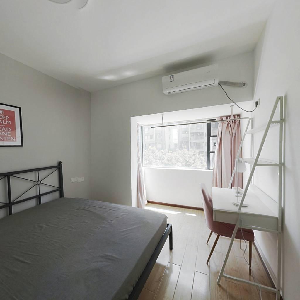 合租·保利华都 3室1厅 南卧室图