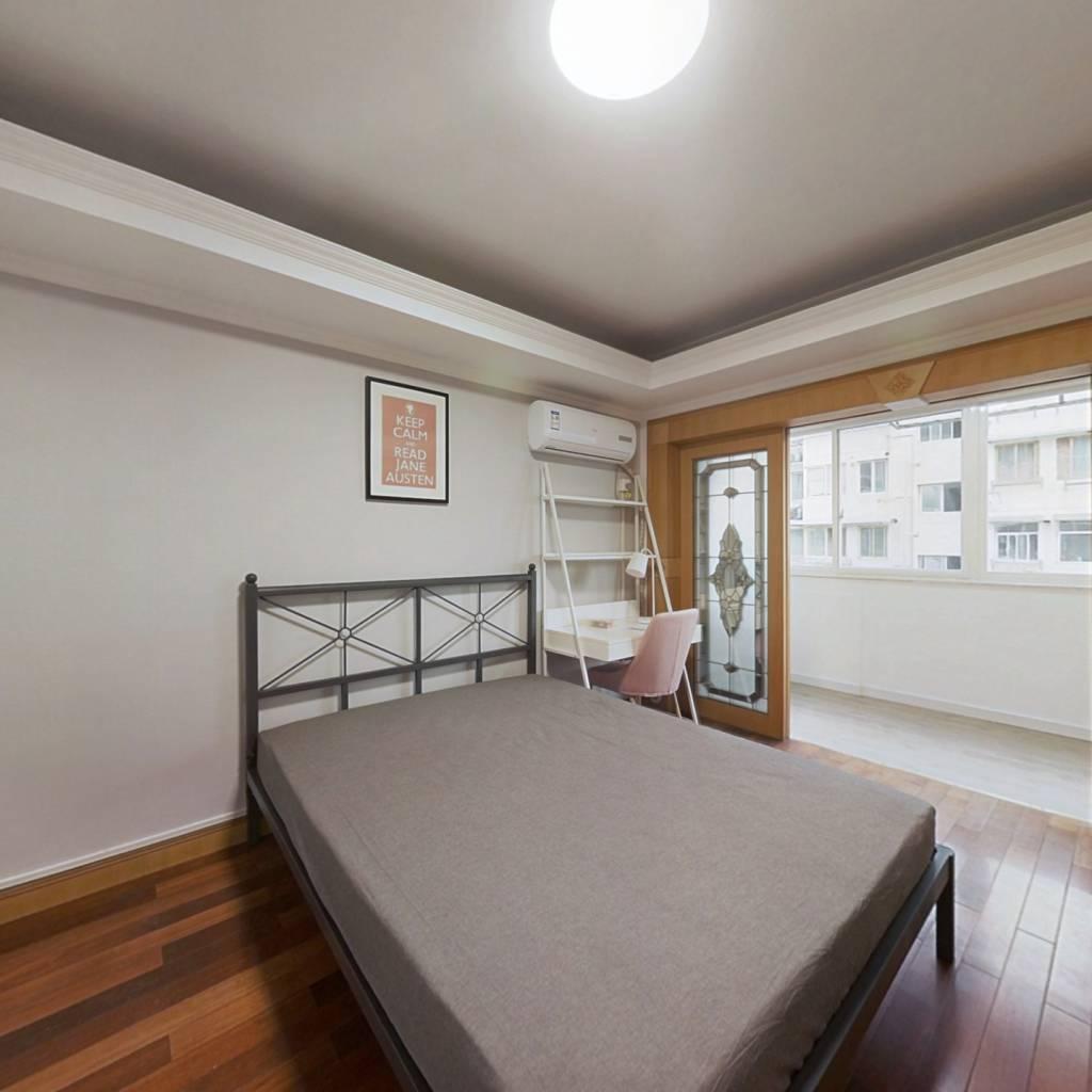 合租·富丽山庄 4室1厅 南卧室图