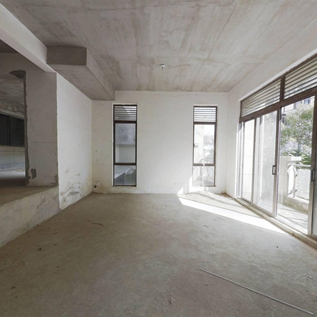 南山苏迪亚诺联排别墅 格局好 改造空间大