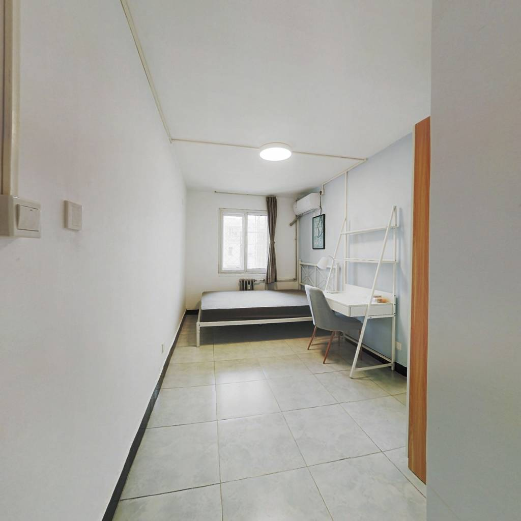 合租·滨河小区 3室1厅 北卧室图