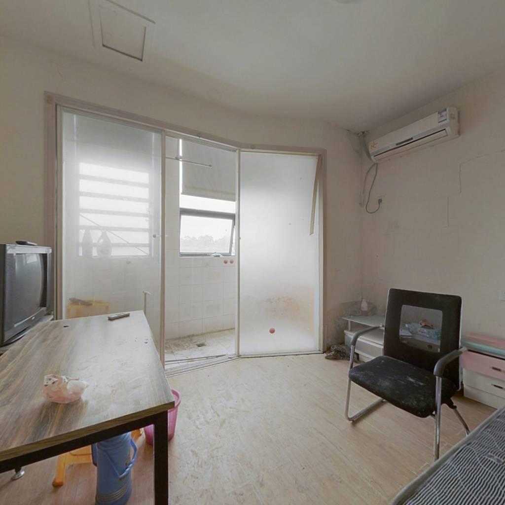 摩登公寓,40年产权公寓,价格实惠