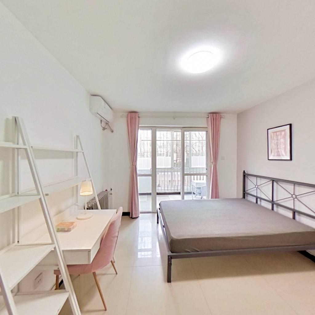 整租·华龙苑北里 2室1厅 南卧室图