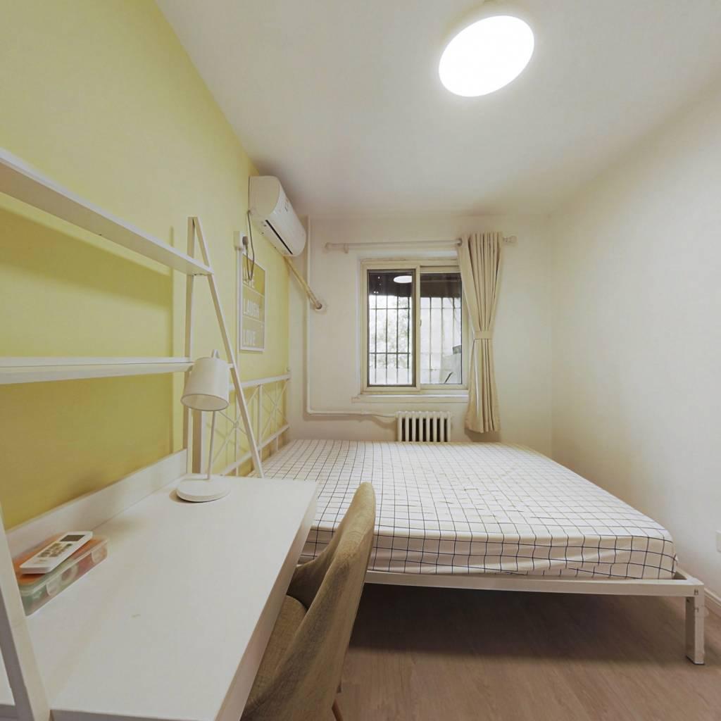 合租·德宝新园 3室1厅 西卧室图