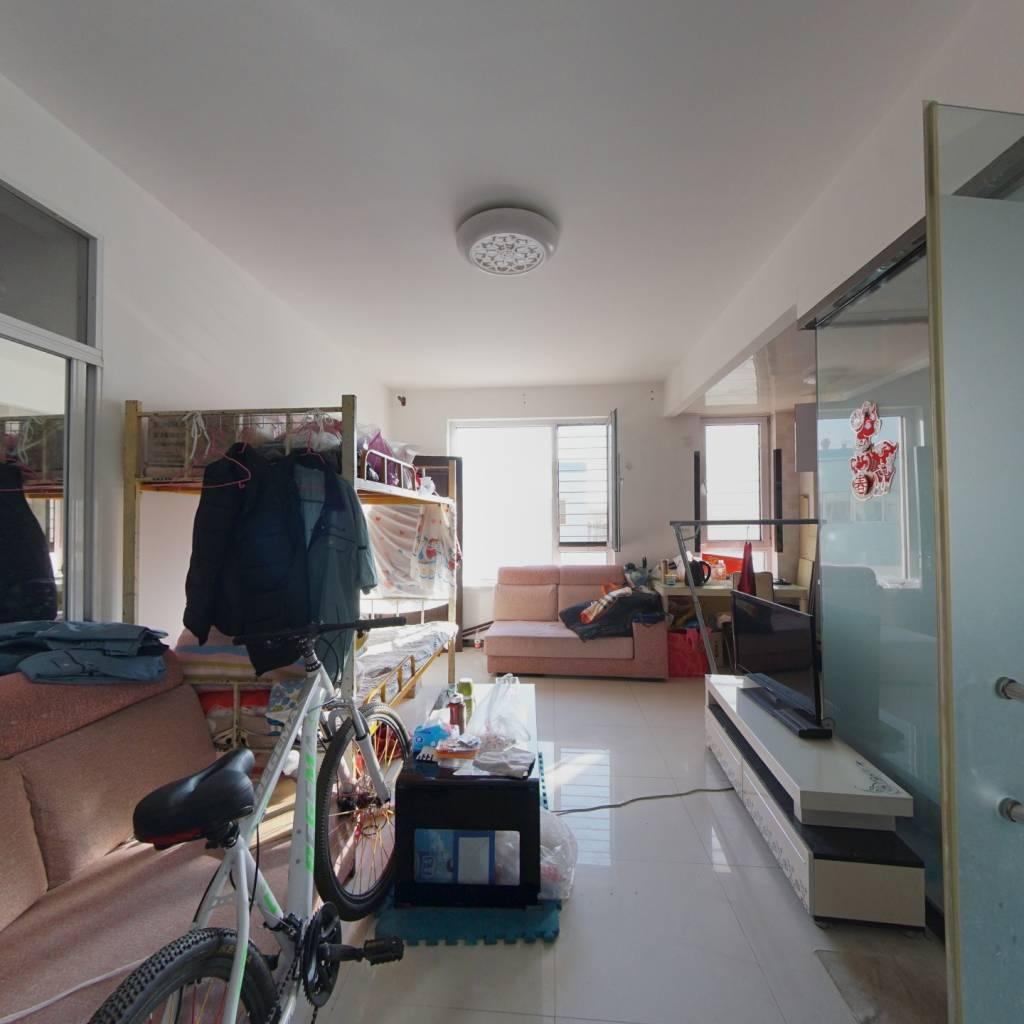 山河枫景 两室一厅房型 52平 36万